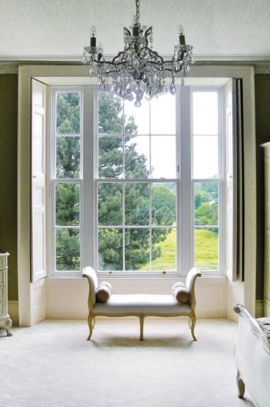 Kensington chelsea timber sash casement windows lomax wood for Sash window design